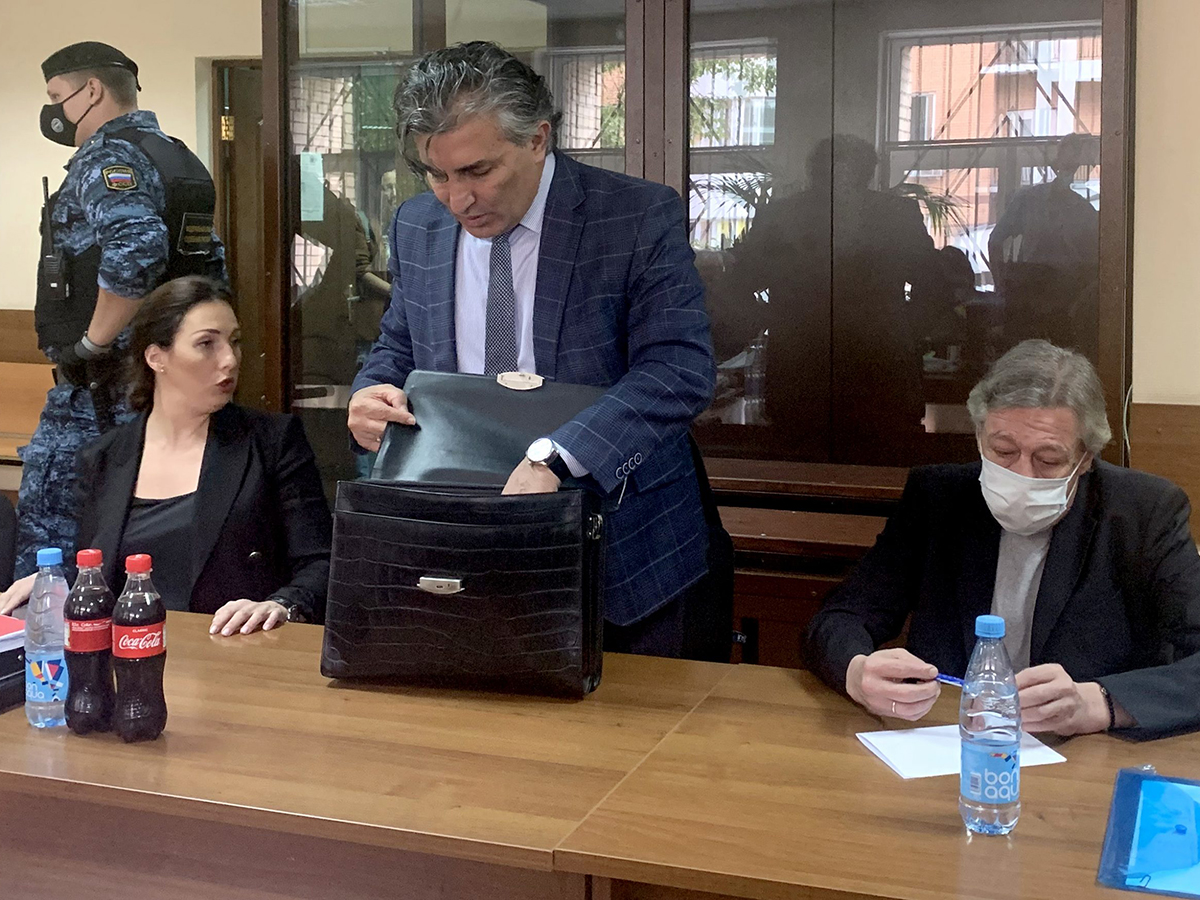 Адвокат Ефремова Эльман Пашаев