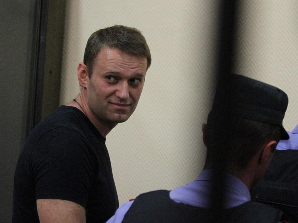 Арестованы счета и квартира Навального