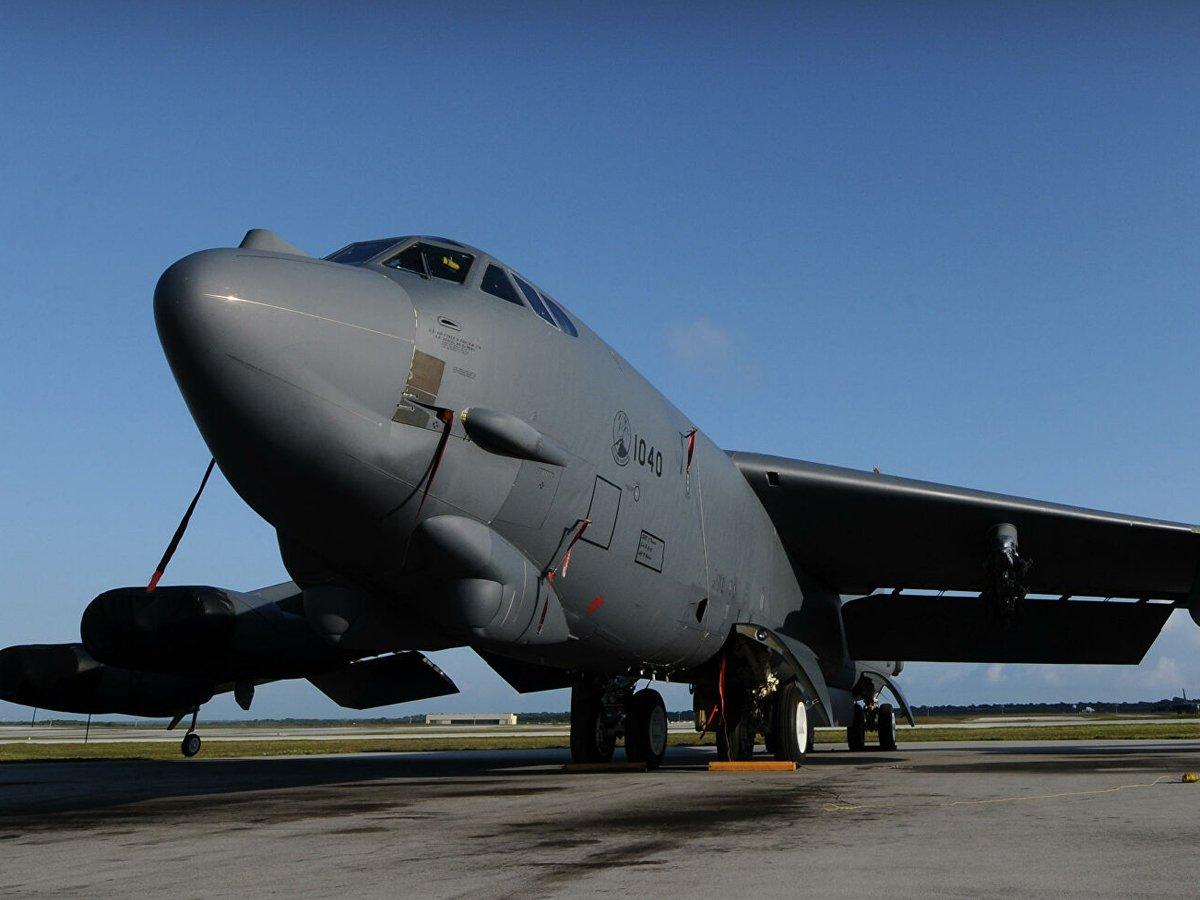 Бомбардировщики США отработали нанесение ядерных ударов по Крыму с Украины