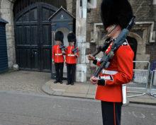 Британец русский издевательства в армии