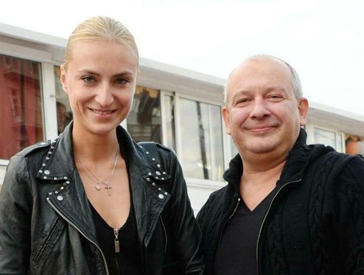 Экс-солист группы «Доктор Ватсон» рассказал про роман с вдовой Марьянова