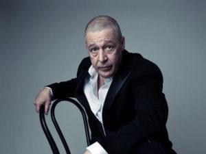Ефремов подстригся налысо в СИЗО
