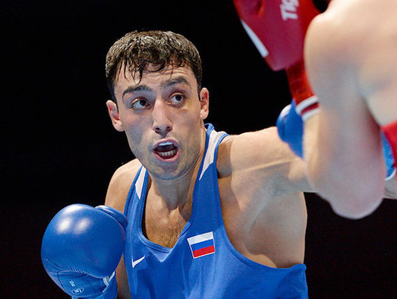 Чемпиона России по боксу осудили условно за удар в нос росгвардейцу