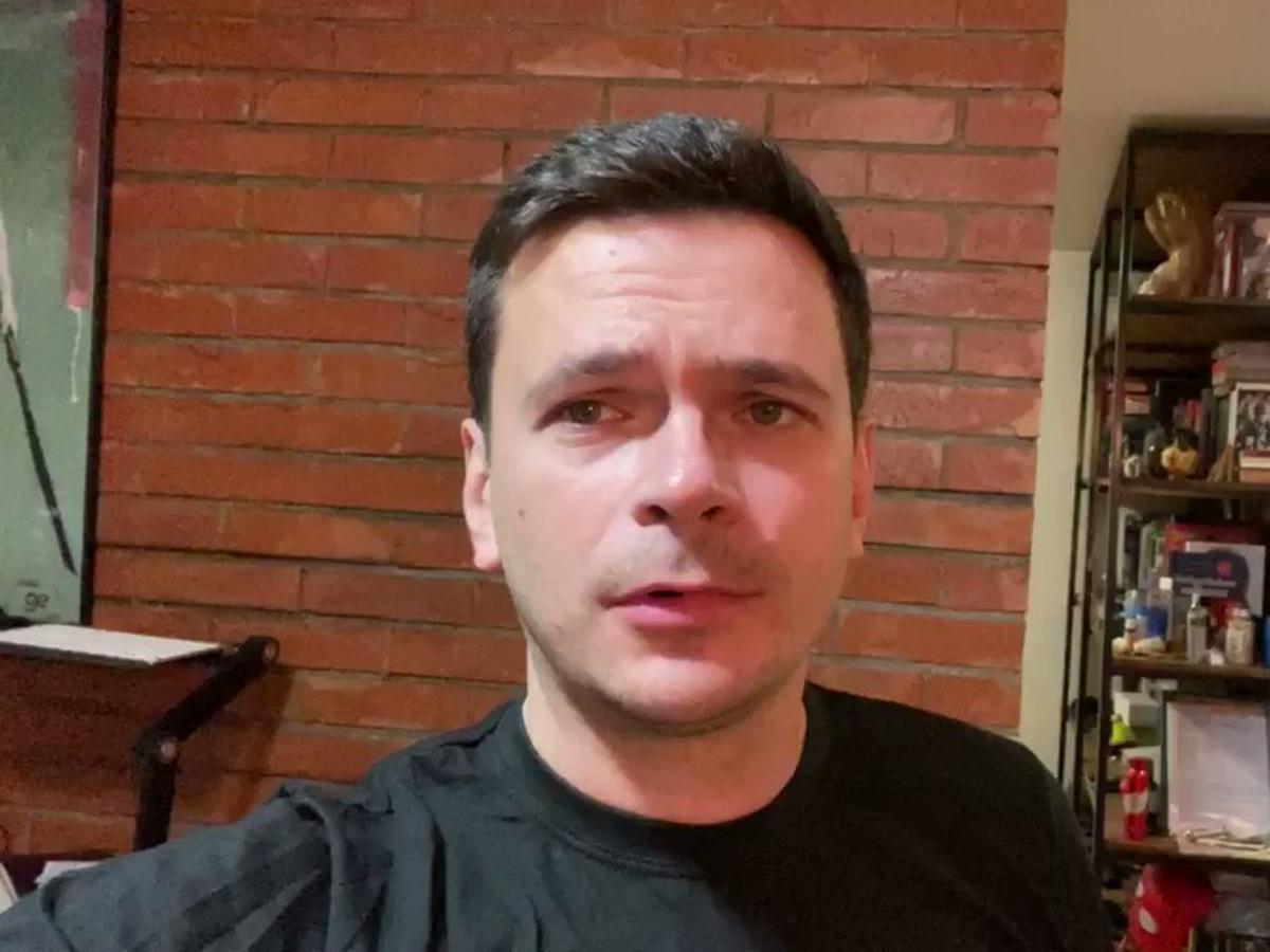 Илья Яшин прокрался на девичник к своей невесте