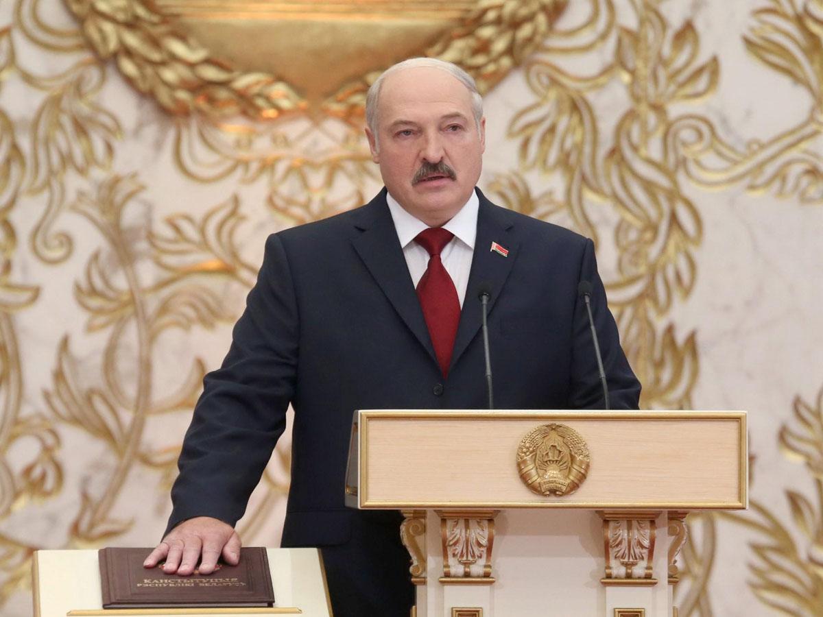 Лукашенко вступил в должность президента Беларуси, скрыв от белорусов свою инаугурацию