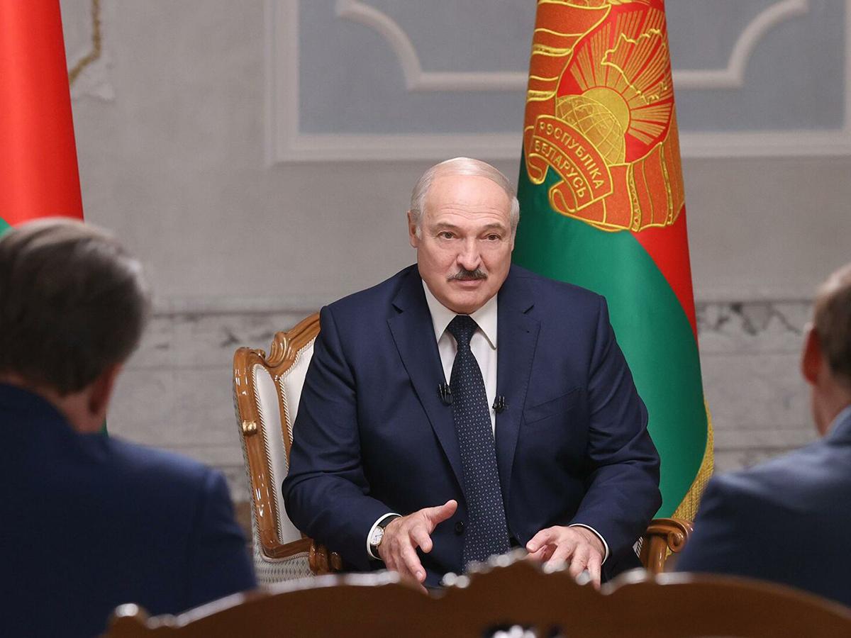Лукашенко дал большое интервью российским СМИ