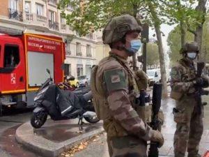 Нападение у здания бывшей редакции Charlie Hebdo: пострадали 4 человека