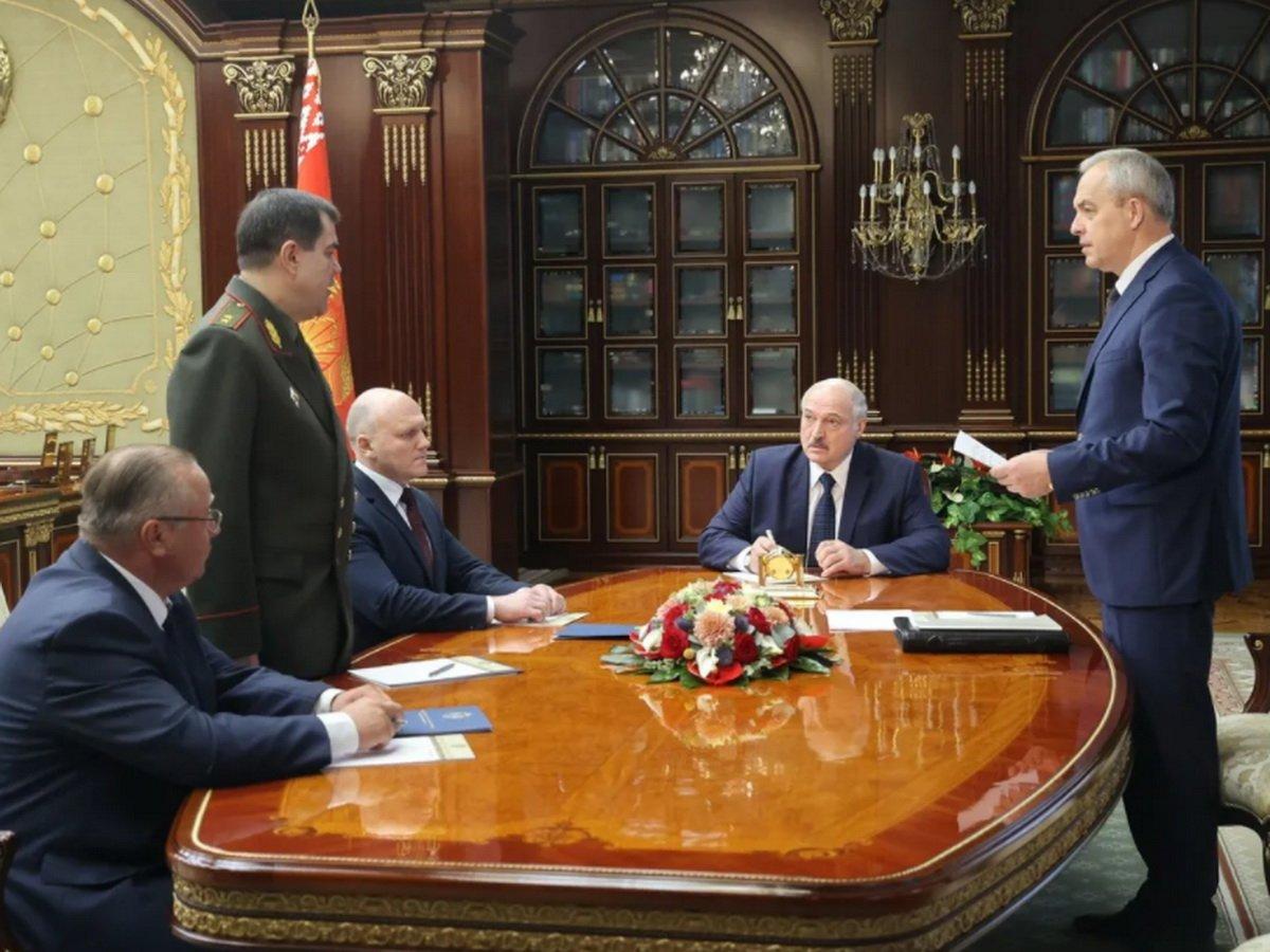 Расшифровка переговоров Варшавы и Берлина по Навальному попали в СМИ