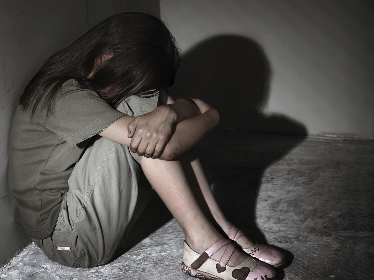 Под Петербургом взяли в секс-плен 15-летнюю школьницу