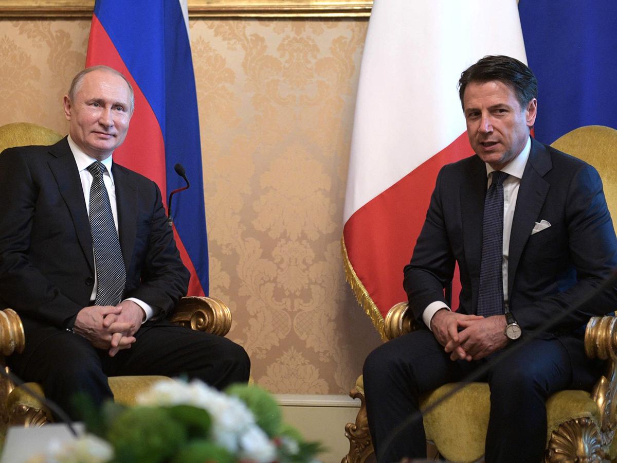 Владимир Путин и премьер Итарии