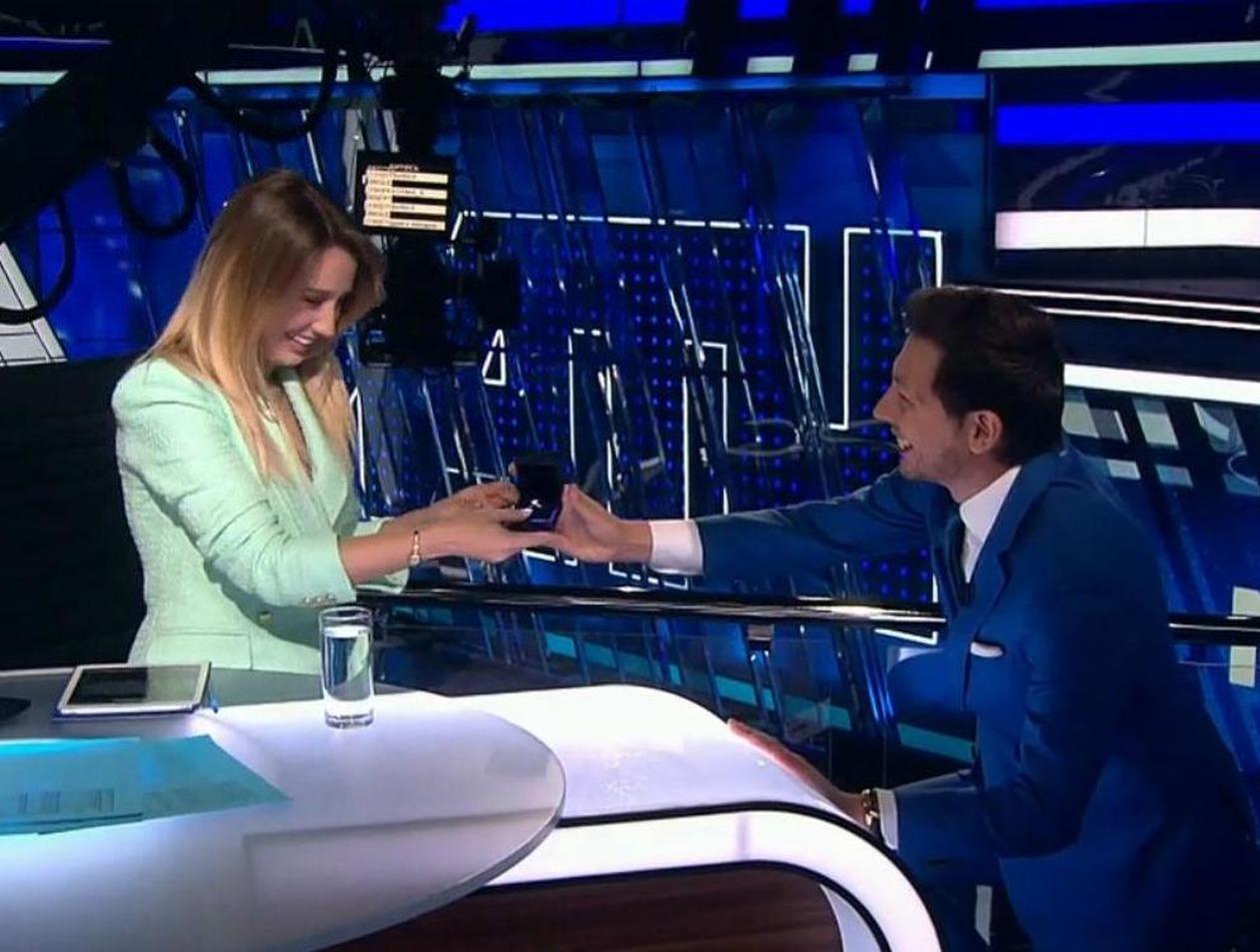 Ведущая «Матч ТВ» расплакалась от предложения руки и сердца в прямом эфире