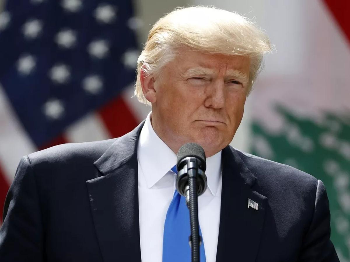 Трамп не стал гарантировать мирной передачи власти в случае поражения на выборах