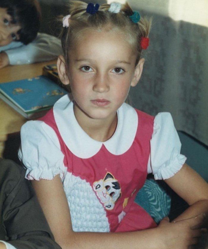 Ольга Бузова показала себя в школьные годы