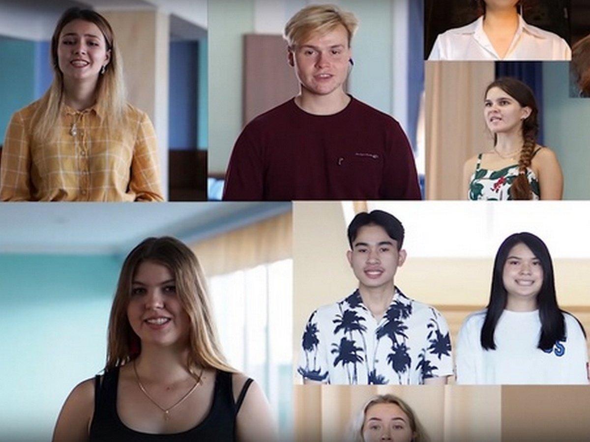 Студенты из разных стран мира вместе исполнили Gaudeamus