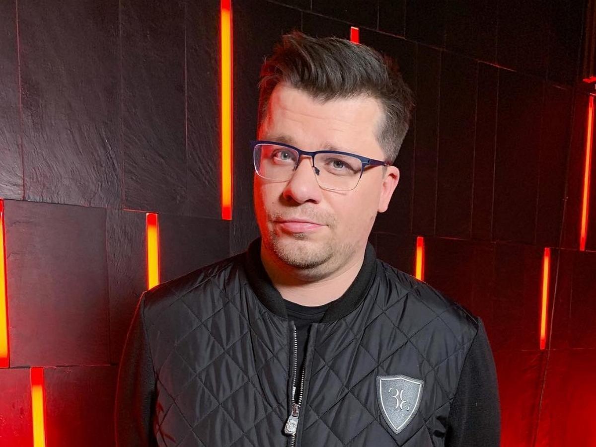 Харламов жестко высмеял Асмус вновом выпуске Comedy Club