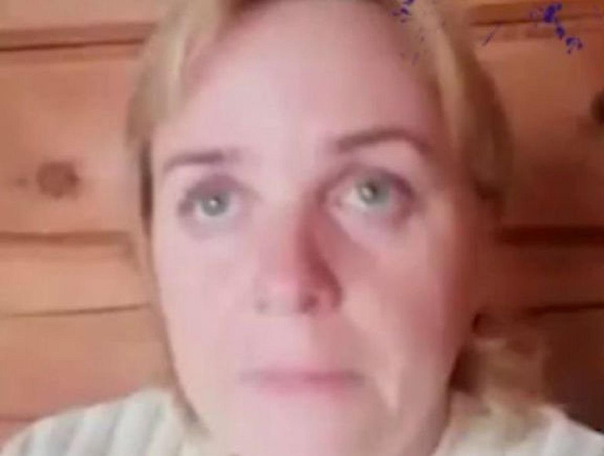 «Дуйте шарики»: жительницу Алтая с COVID-19 отказались госпитализировать
