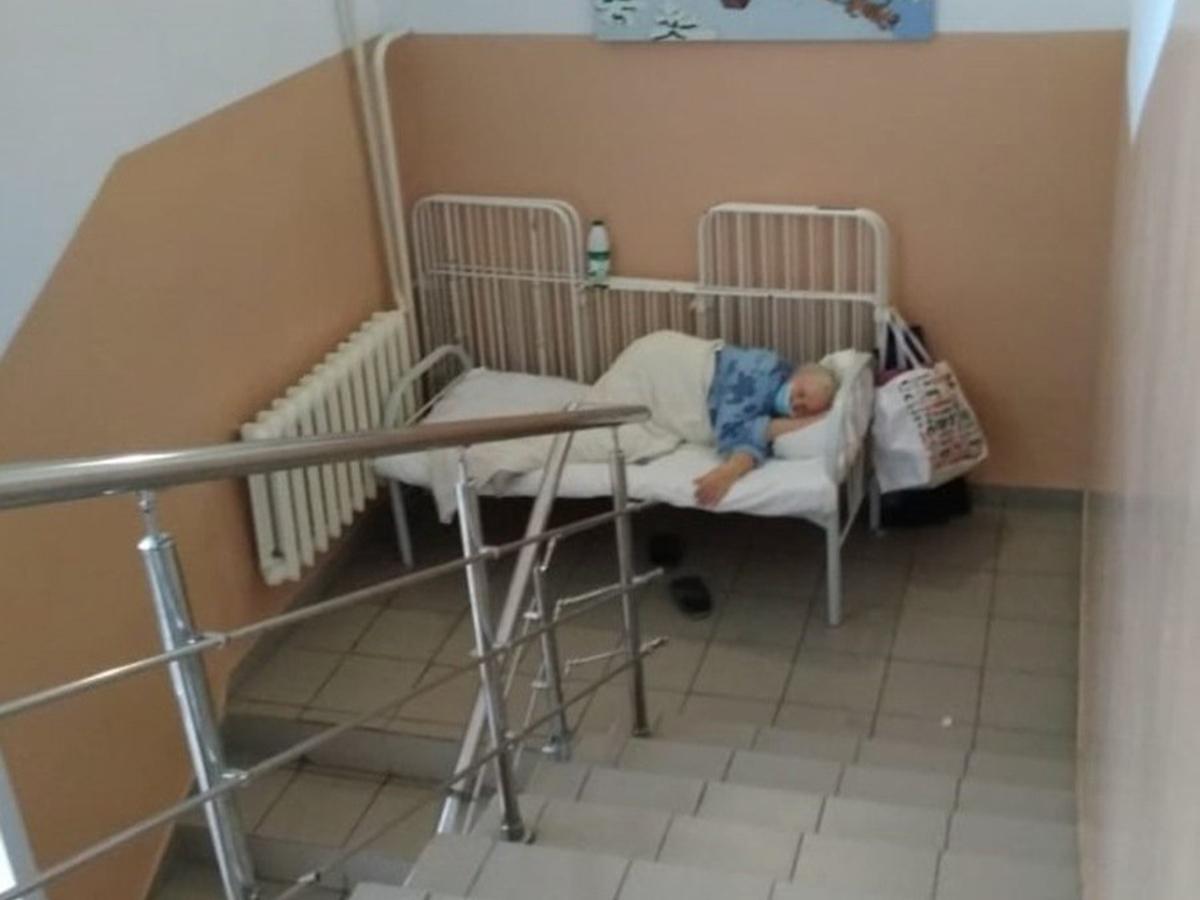 Пациентка с коронавирусом в больнице Новосибирской области