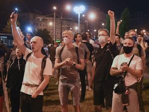 Лукашенко о протестовавших пьяная толпа