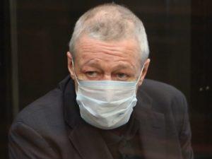 Михаил Ефремов выплатил 3 млн рублей по делу о смертельном ДТП