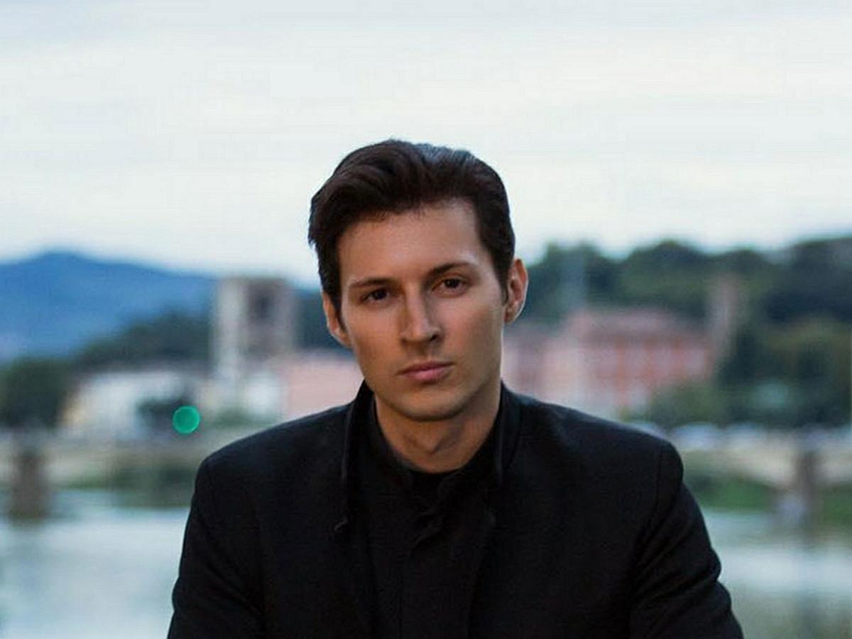 """""""Не пить алкоголь и быть миллиардером"""": в Сети посмеялись над советами Дурова как сохранить молодость"""