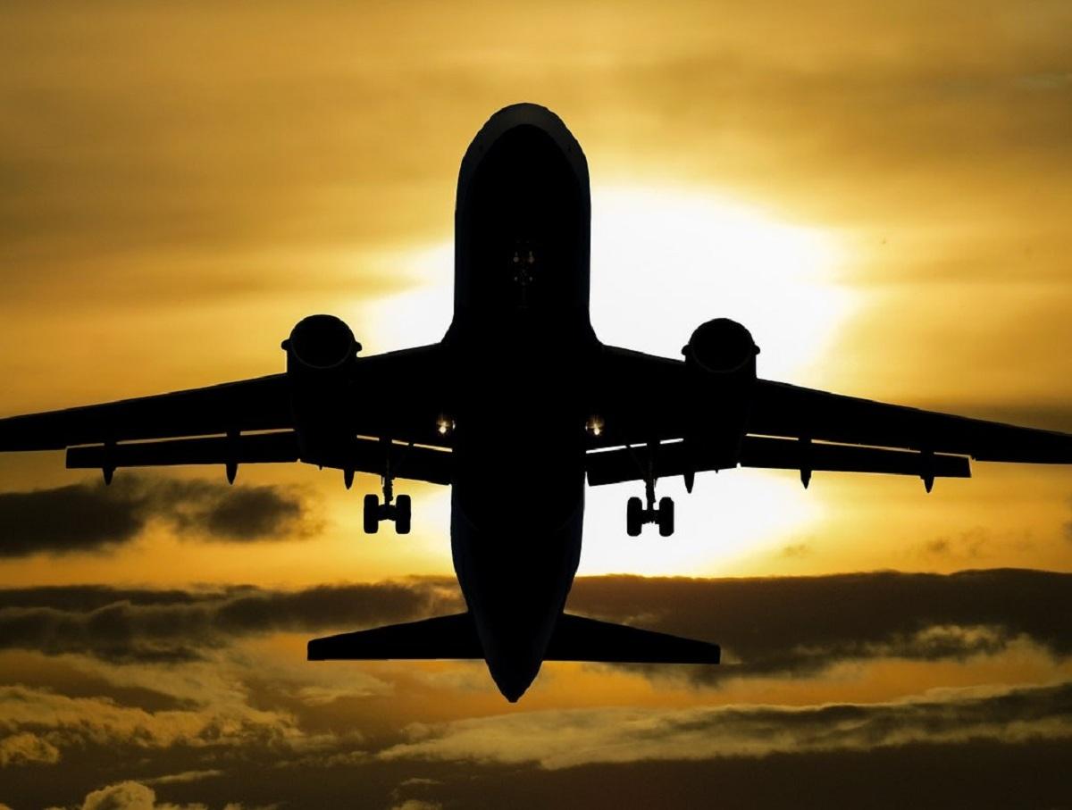 Россия возобновит авиасообщение с тремя странами