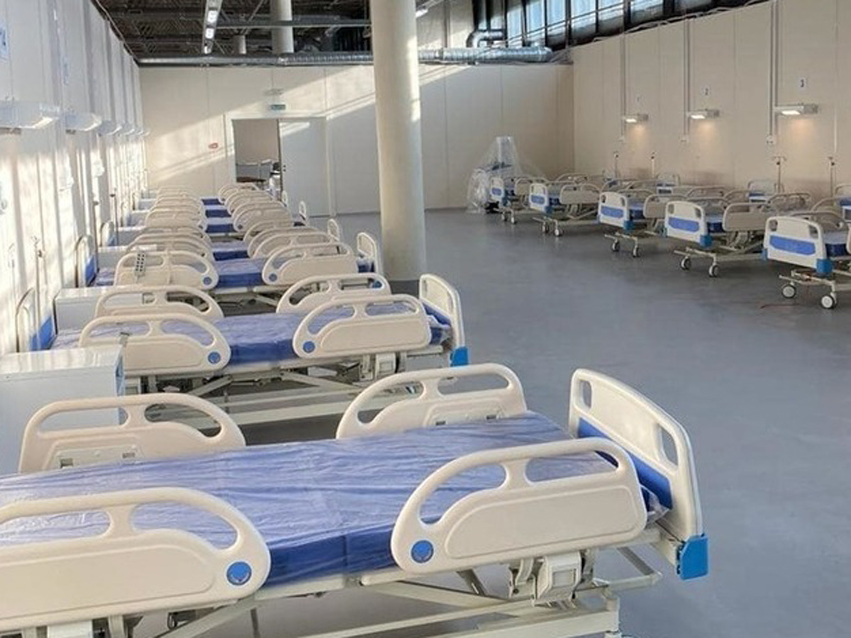 В «Ленэкспо» полевой госпиталь