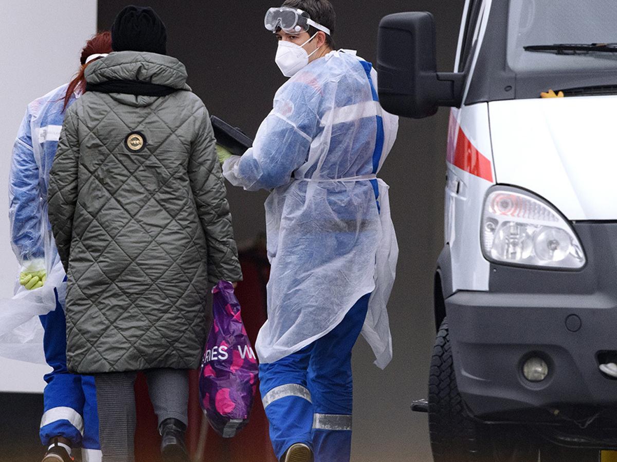 В России 16 000 случаев коронавируса
