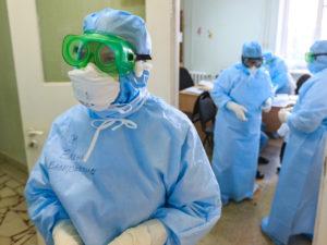 Врачам запретили публично высказываться о коронавирусе