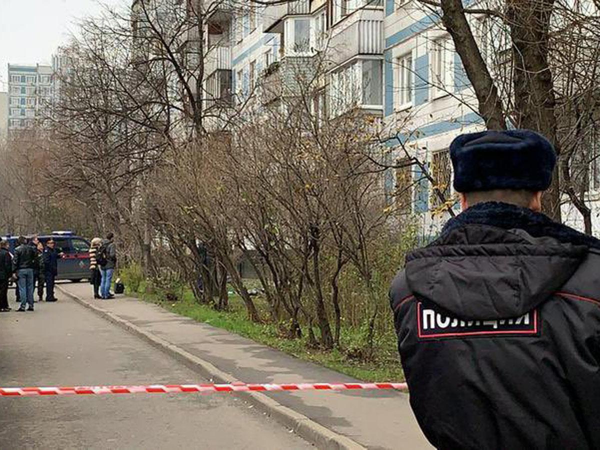 Саратов сбросила двух дочерей с 4 этажа
