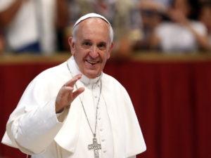 Папа Римский высказался за легализацию однополых браков