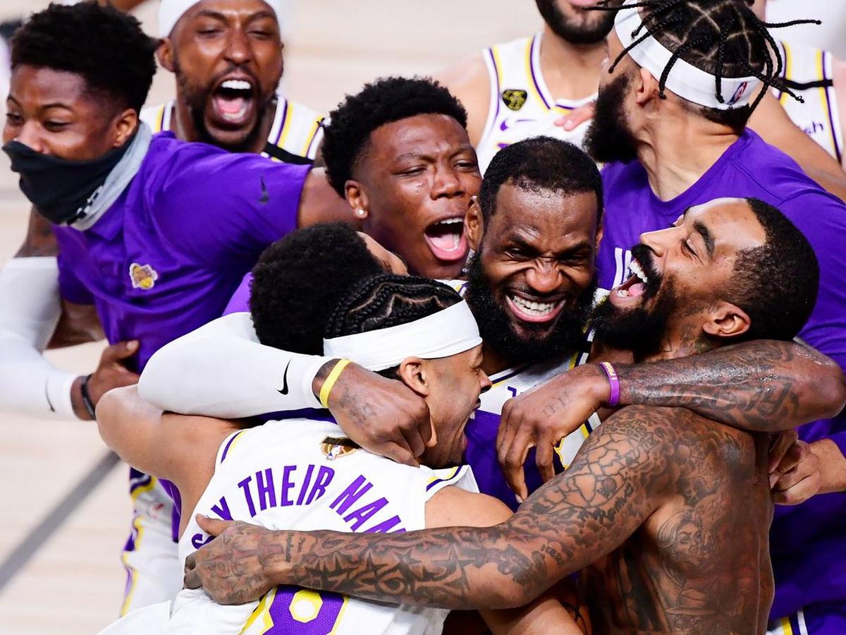 «Лос-Анджелес Лейкерс» в 17-й раз стали чемпионами НБА