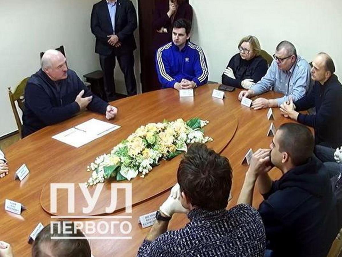 Лукашенко встретился в СИЗО с оппозиционерами