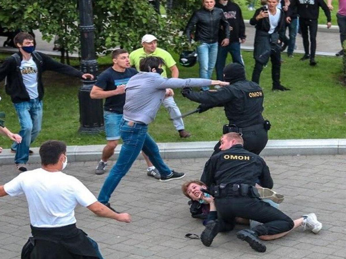 разгоне протестов в Минске