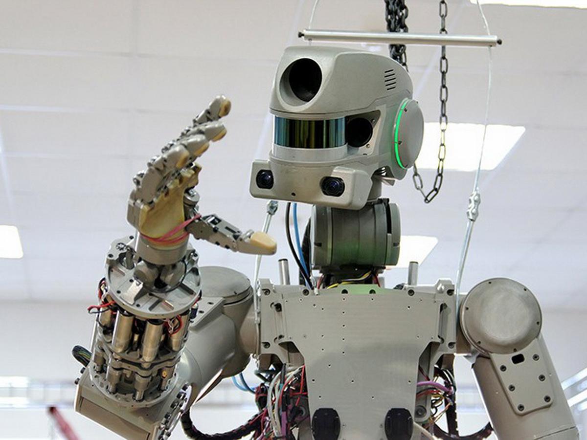 Робот Федор обвинил космонавтов в пьянстве
