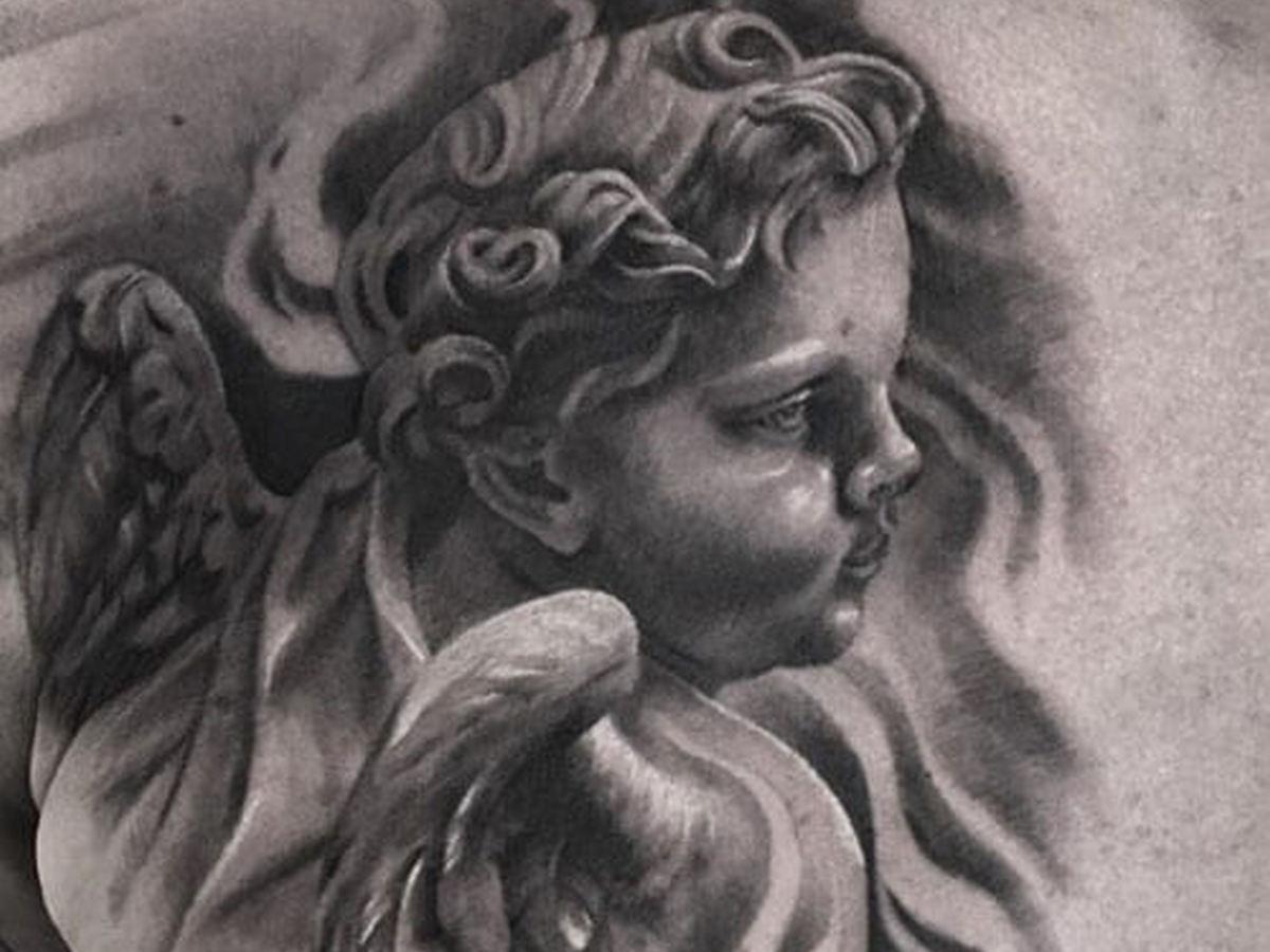 Мастер тату прославился в Сети благодаря «скульптурным» рисункам