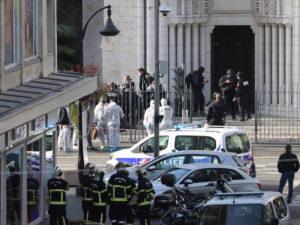 Устроивший резню в Ницце террорист избежал депортации