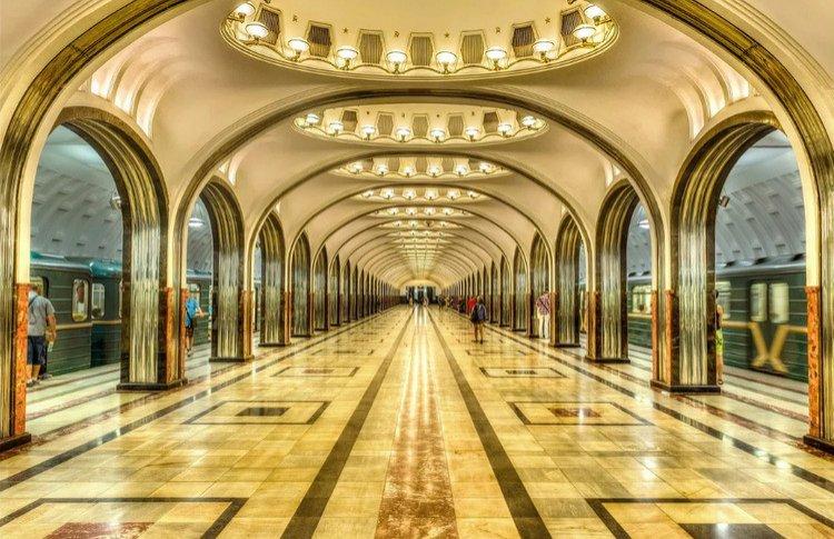 Как выглядят станции метро со всего мира