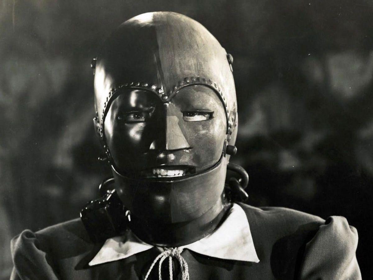 """""""Человек в железной маске"""" и другие прототипы мифических персонажей и чудовищ"""