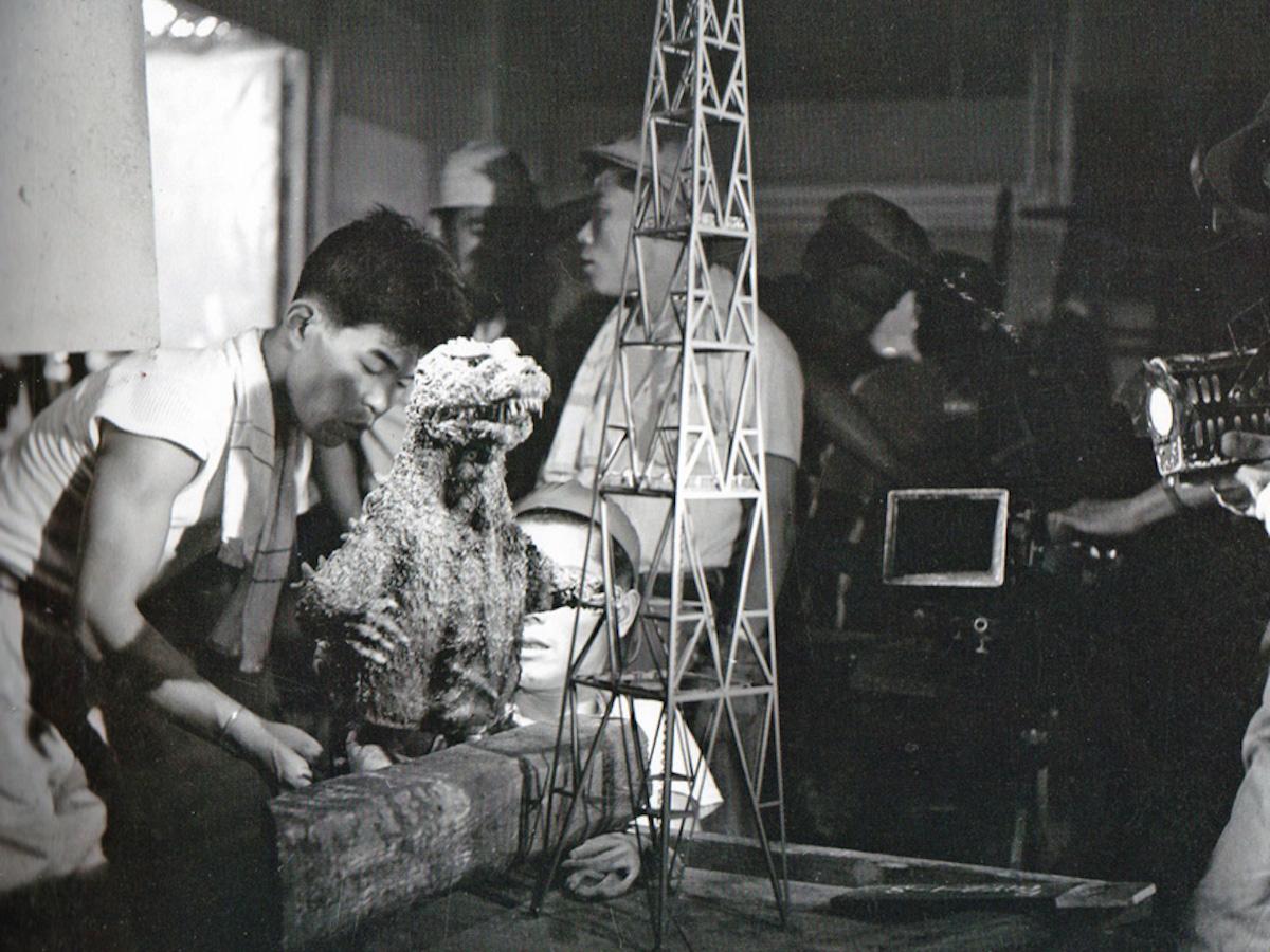 Монстры и спецэффекты, созданные в студии