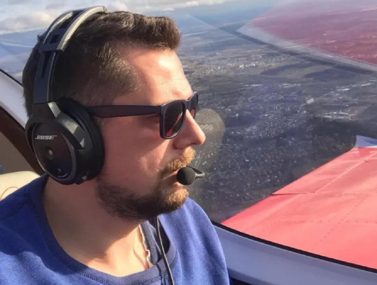 «Ушел от домов»: раскрыты подробности гибели ведущего НТВ в авиакатастрофе