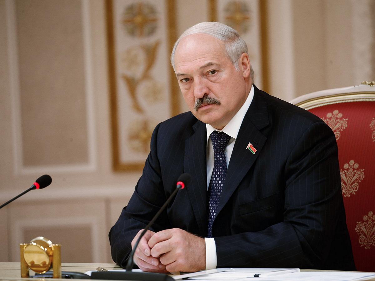 Лукашенко «гарантировал» белорусам новые выборы