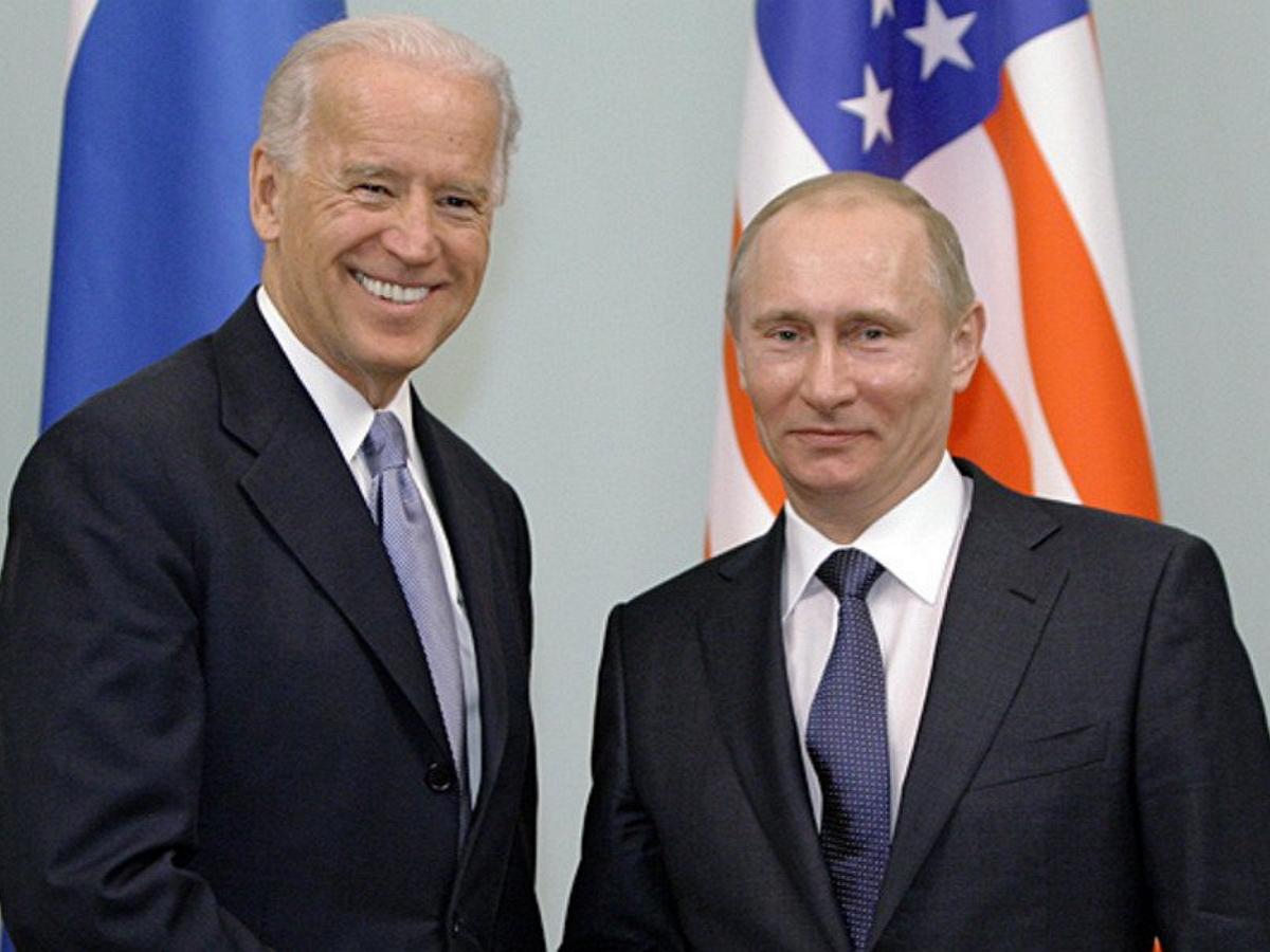 """""""Это тебе надо?"""": Рыжков рассказал, как Байден взбесил Кремль шуткой о долгом президентстве Путина"""