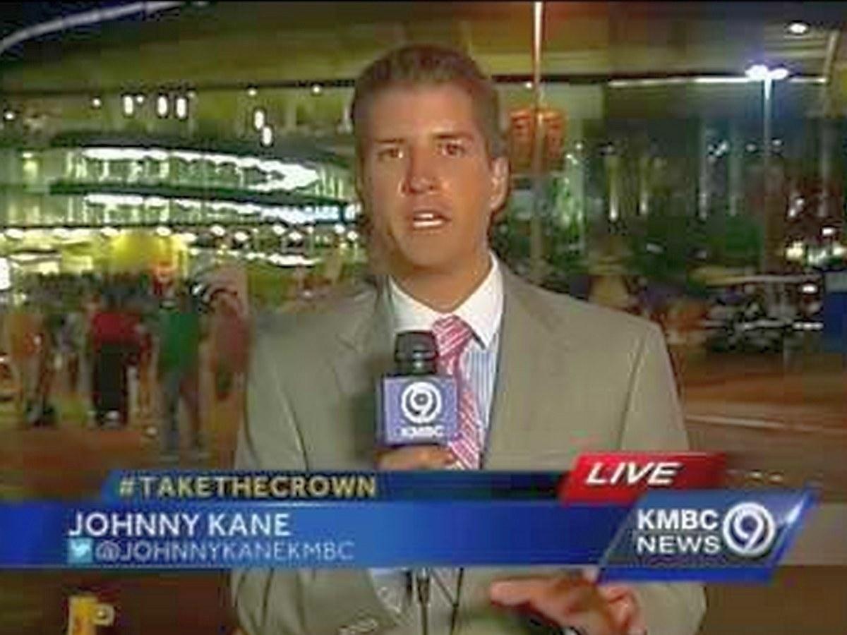 Фанат бейсбола напугал репортера в прямом эфире