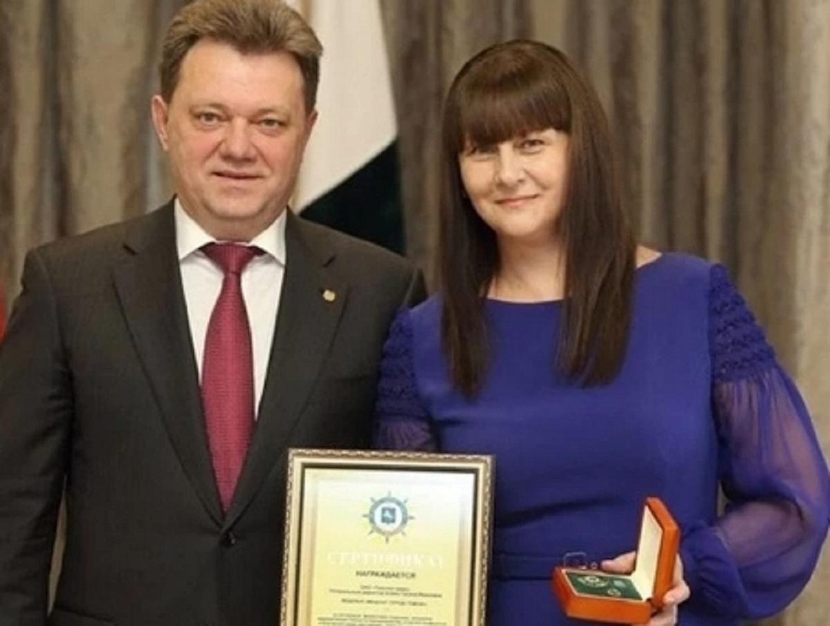 Жена мэра Томска Ивана Кляйна перед обыском выбросила в подушке карты с 1,3 млрд