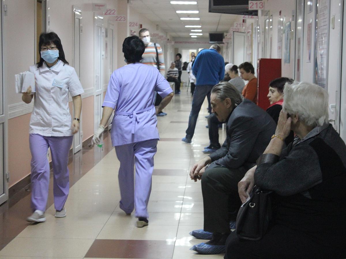 Контакт с зараженным коронавирусом
