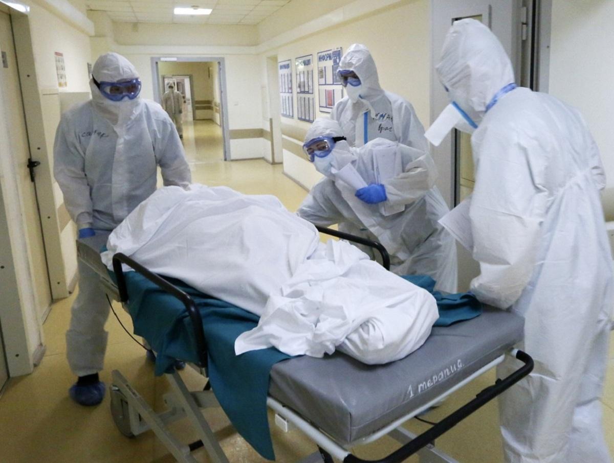 Россиян попросили молчать из-за риска заразиться COVID-19