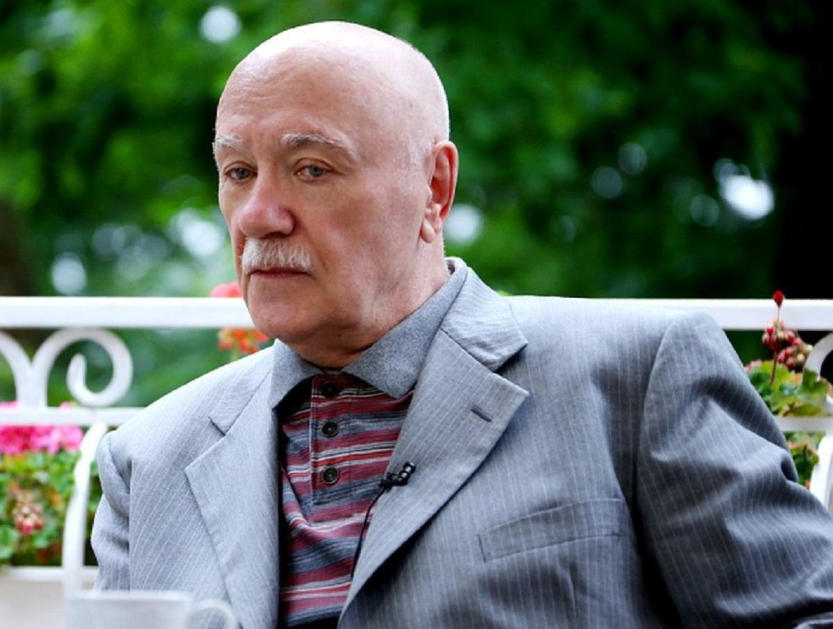 СМИ: 84-летний Леонид Куравлев купил себе могилу на Троекуровском кладбище