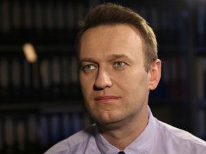 Навальный почему неумер после отравления