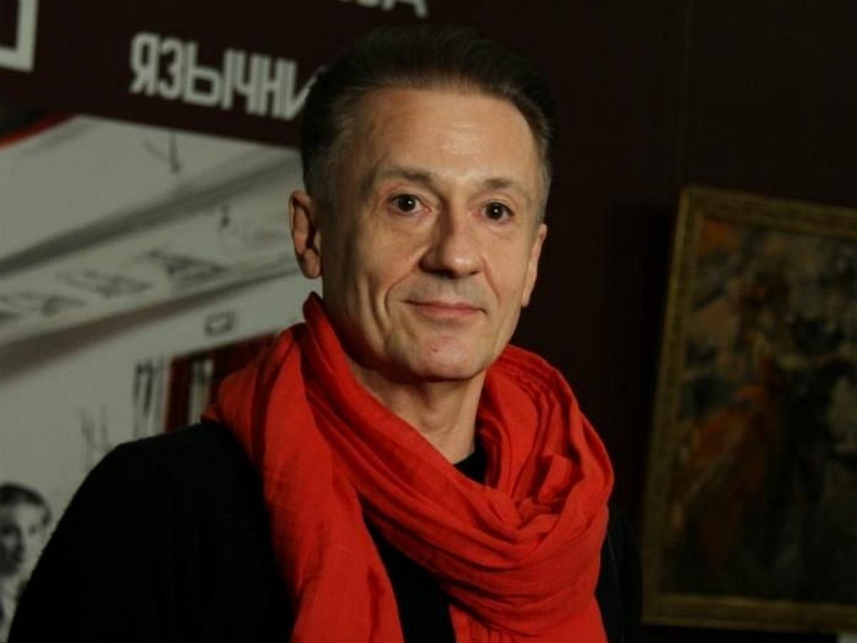 Олег Меньшиков после перенесенной болезни с трудом может передвигаться