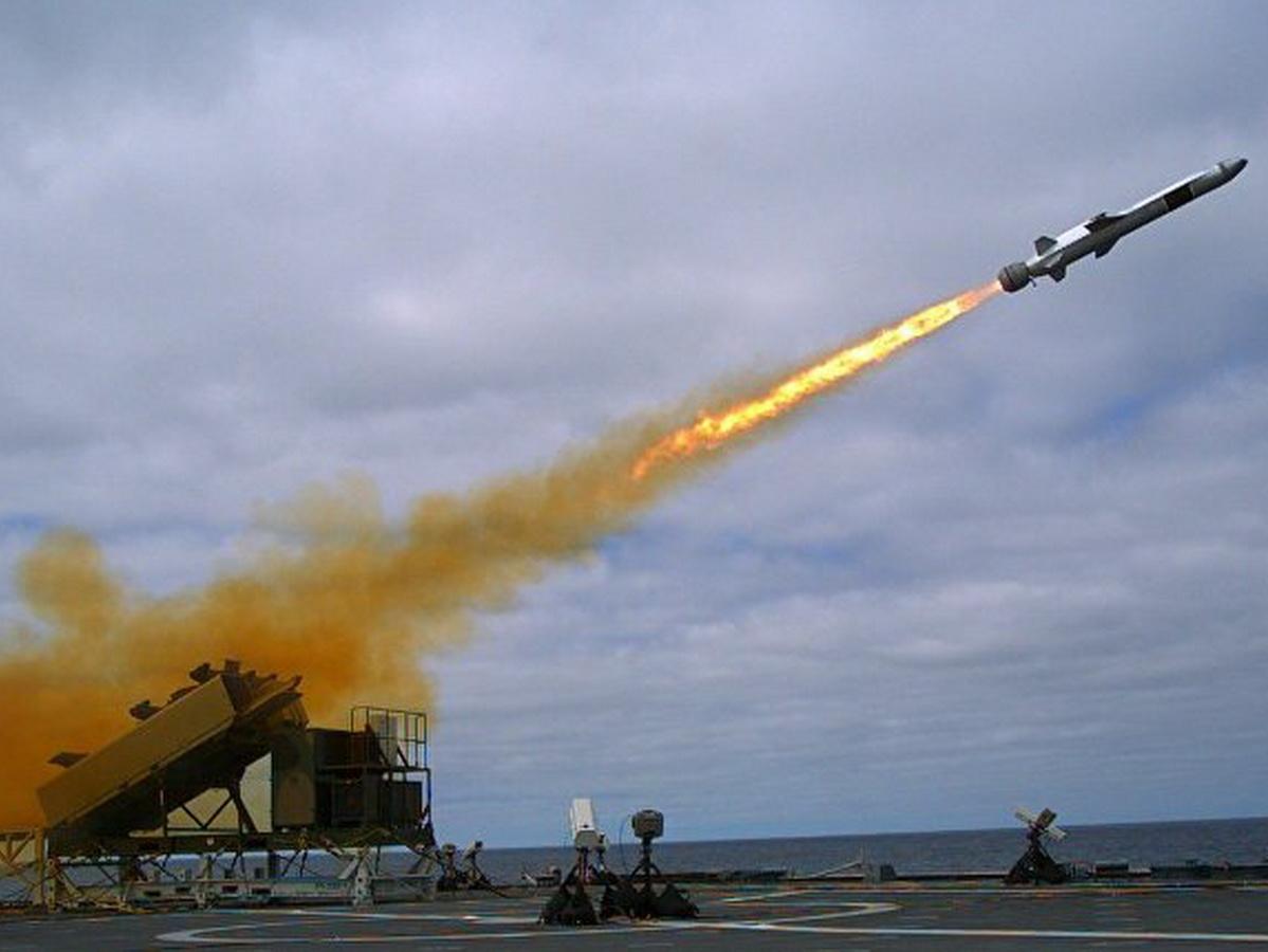 США выпустили ракеты возле Крыма